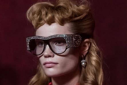 Gucci (Close Up) - photo 53