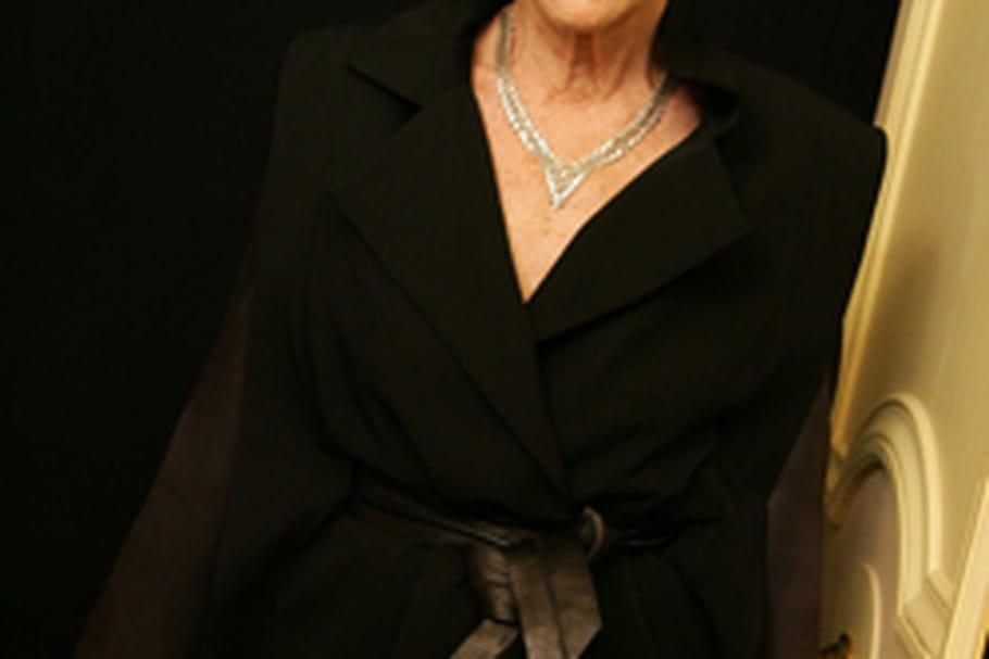 andree putman bio Pour ce premier focus on, nous avons choisi de vous présenter andrée putman, la dame du design français âgée aujourd'hui de 86 ans, l'architecte d'intérieur que l'on surnomme l'ambassadrice du style à la française.