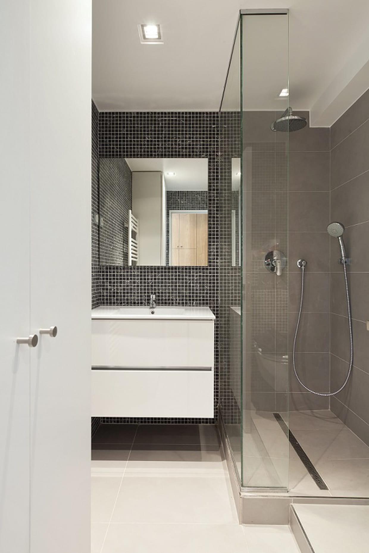 Petite salle de bains avec douche l 39 italienne for Deco salle de bain douche