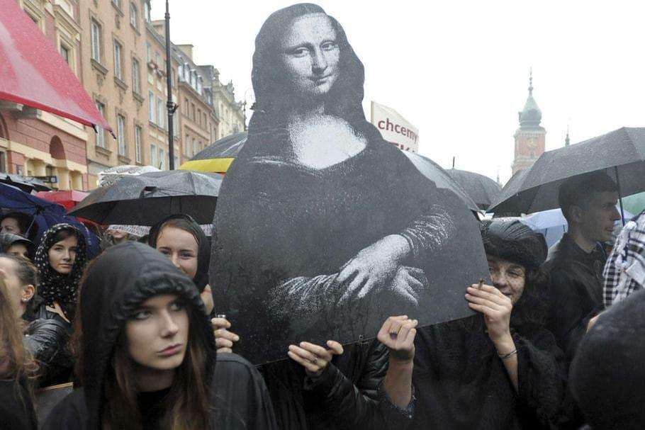 Avortement: les Polonaises luttent pour défendre leurs droits