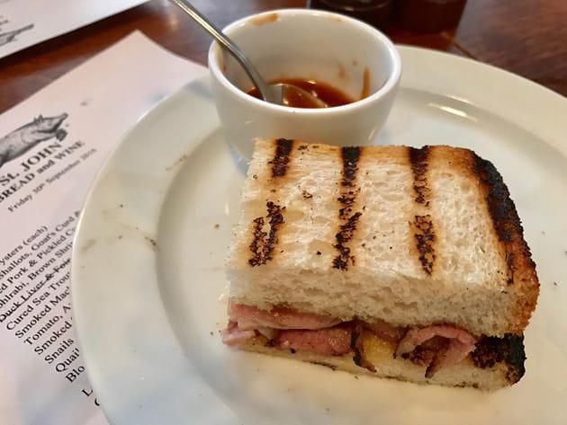Un sandwich dont on ne perd pas une miette