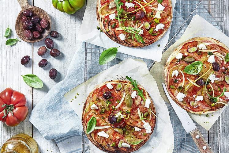 Pizzettes au Carré Frais, tomates et pistaches