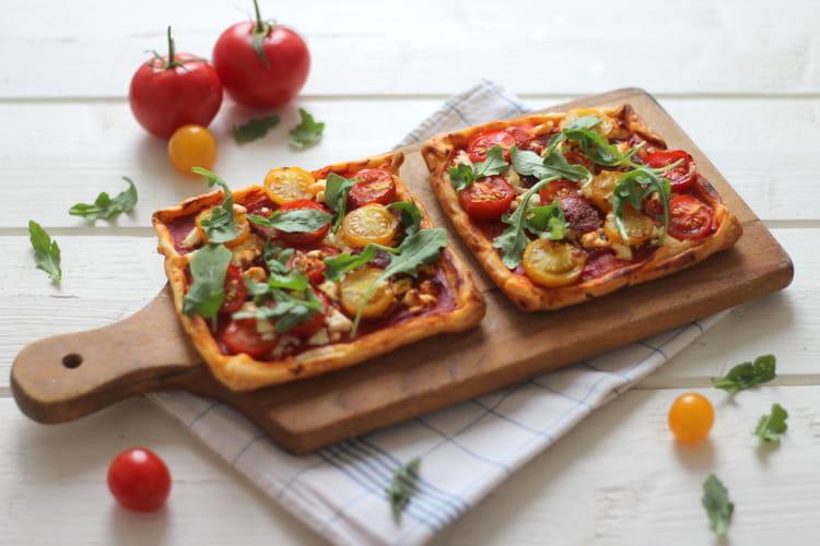 Tarte fine à la tomate cerise, chorizo et feta