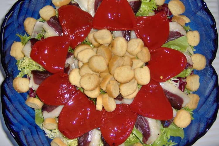 Salade au magret séché et poivrons