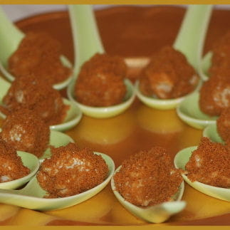 truffes aux roquefort, poire et spéculoos