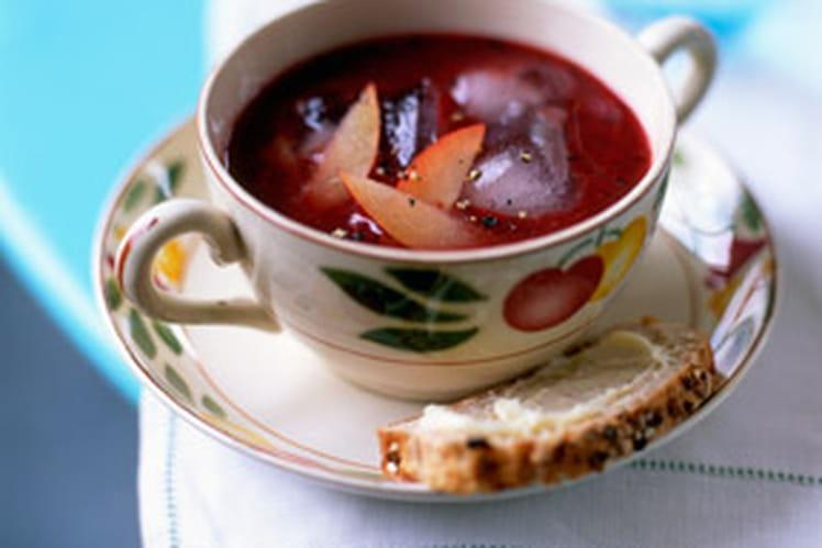 Soupe de myrtilles à la prune