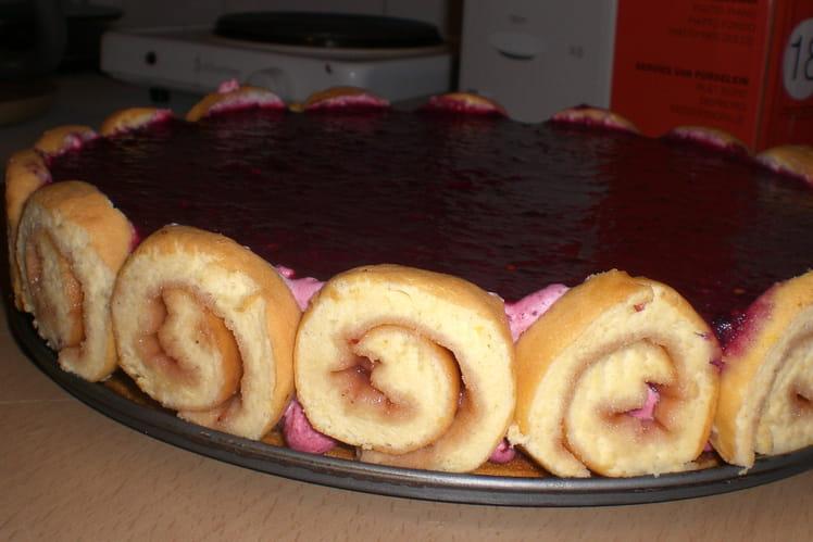 Gâteau mousse aux fruit des bois et son miroir
