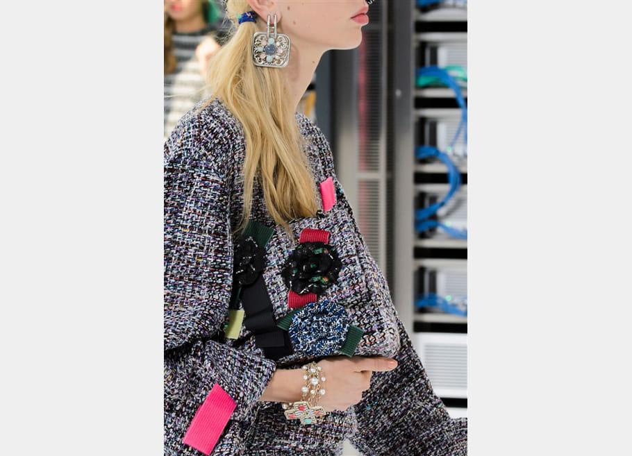 Chanel (Close Up) - photo 17