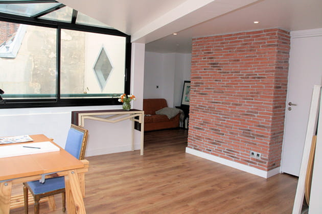 une pi ce suppl mentaire. Black Bedroom Furniture Sets. Home Design Ideas