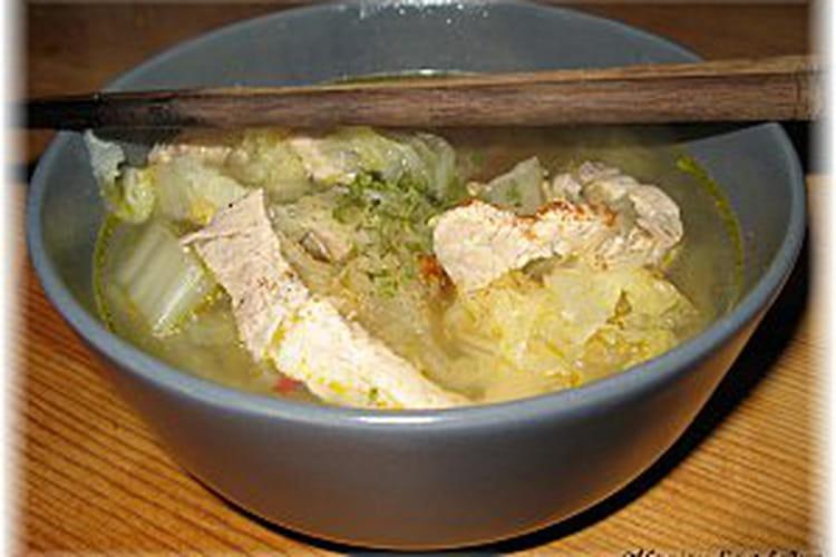 Soupe de porc au chou chinois