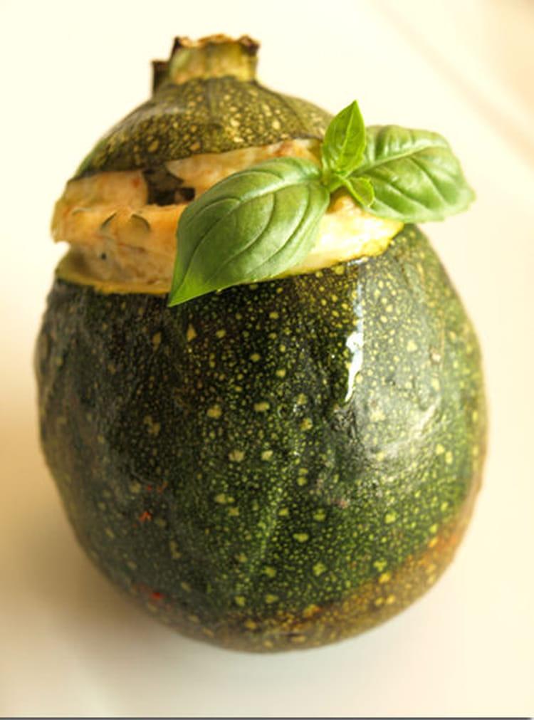 Recette de courgettes rondes farcies la ricotta la recette facile - Cuisiner des courgettes rondes ...