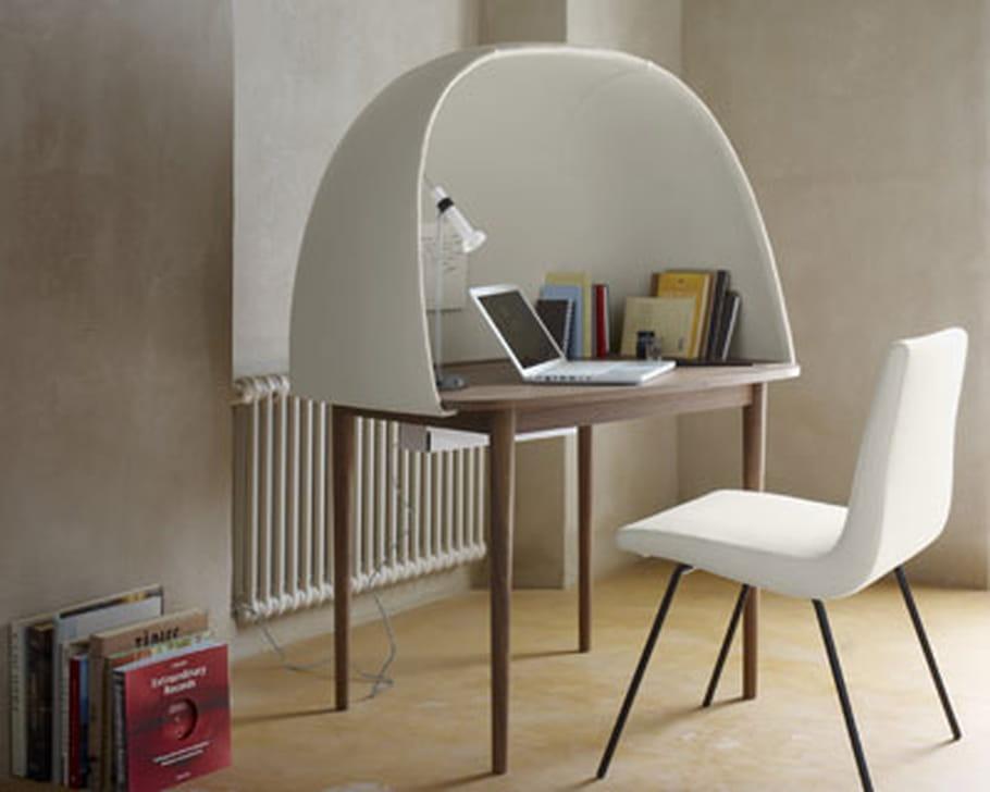 bureau rewrite de ligne roset. Black Bedroom Furniture Sets. Home Design Ideas