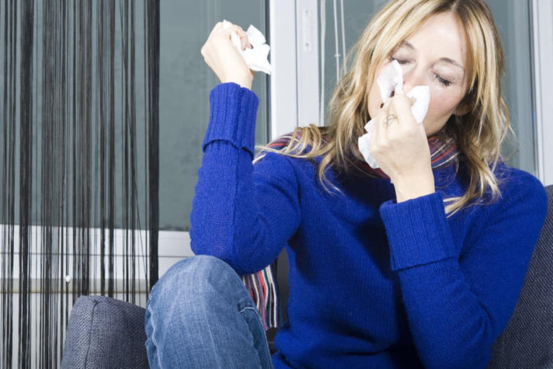 """Huiles essentielles, pollens, allergologues… """"Le livre noir des allergies"""""""