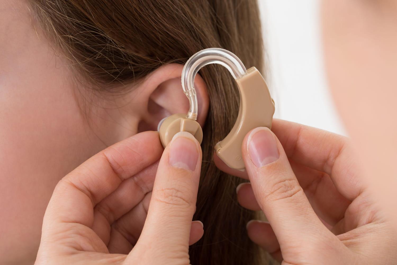 Presbyacousie: définition, causes, traitement