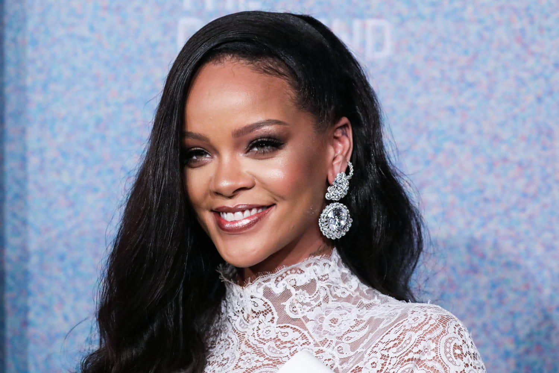 Rihanna devient la chanteuse la plus riche du monde