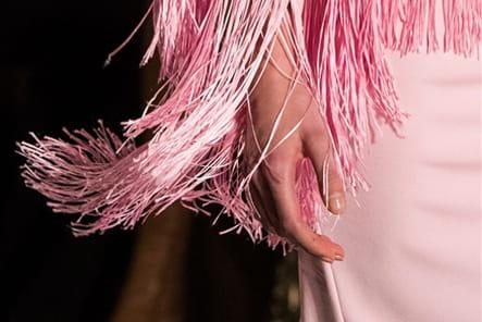 Givenchy (Close Up) - photo 52