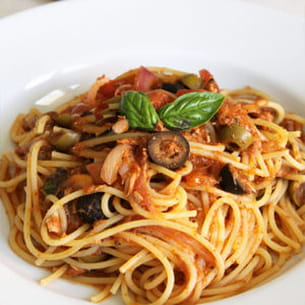 spaghetti sauce tomate et tapenade