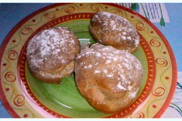 Chouquettes à la cannelle et au sucre glace