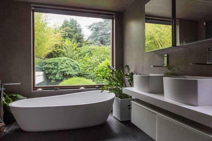 Salle de bain moderne : 17 idées design et inspirantes