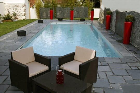 Une piscine au style très contemporain