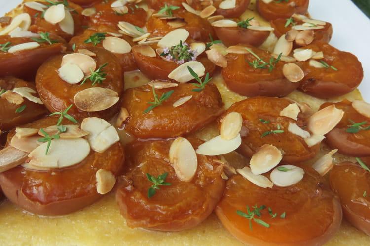 Tarte fraicheur d'été abricots, amandes et thym