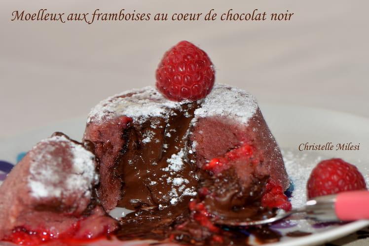 Moelleux aux framboises au cœur de chocolat noir