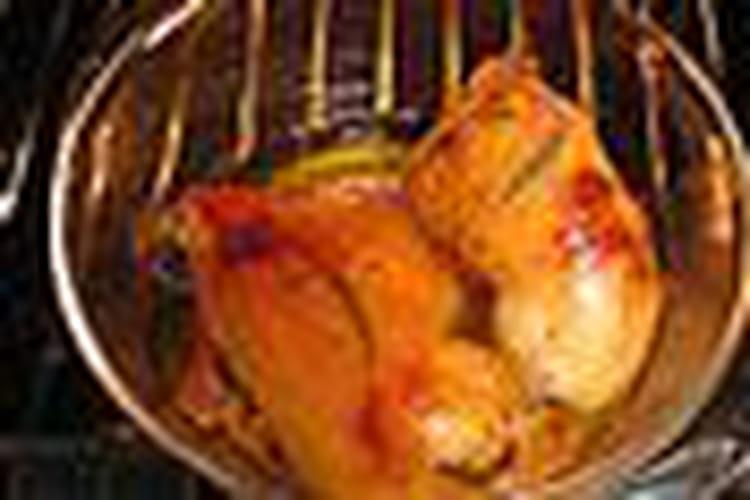 Cuisses de poulet, sauce vin blanc et champignons