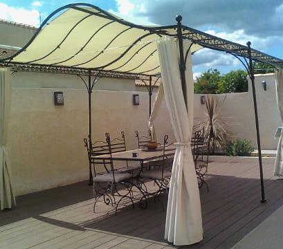 La terrasse style fer forgé
