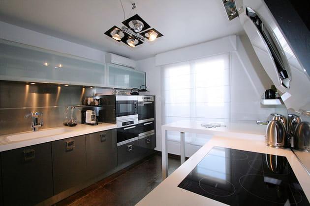 Une cuisine contemporaine for Deco cuisine contemporaine