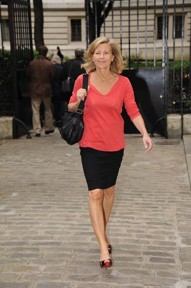 Claire chazal en top corail et jupe crayon - Salon france amerique paris 8 ...