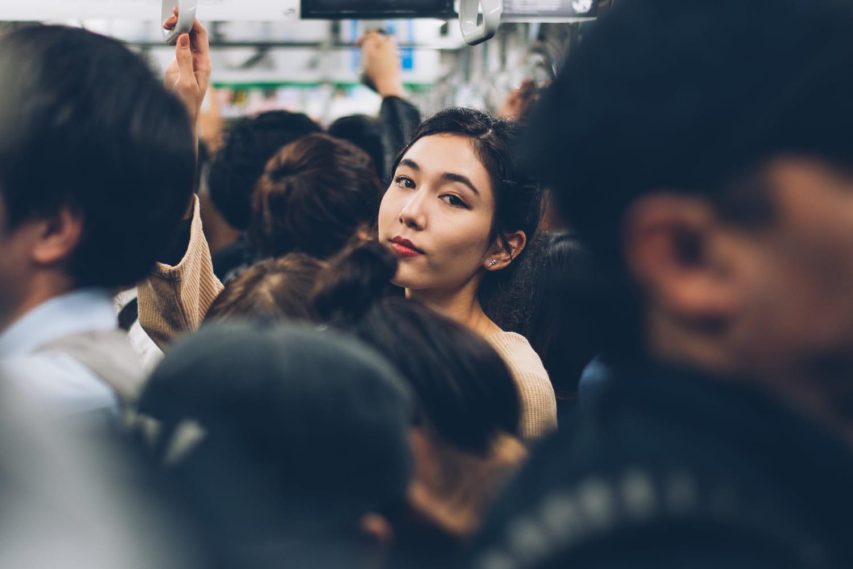 Frotteurs du métro: une appli pour les montrer du doigt