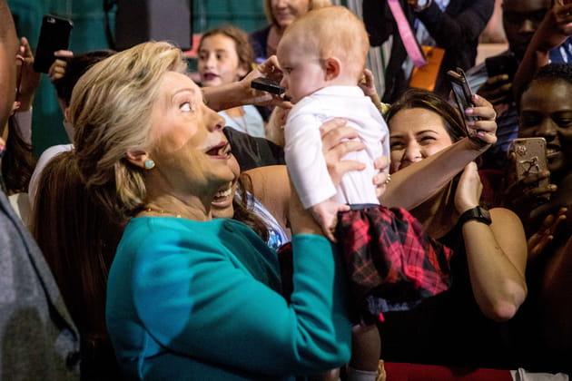 """Hillary Clinton: """"C'est donc ça, un bébé?"""""""