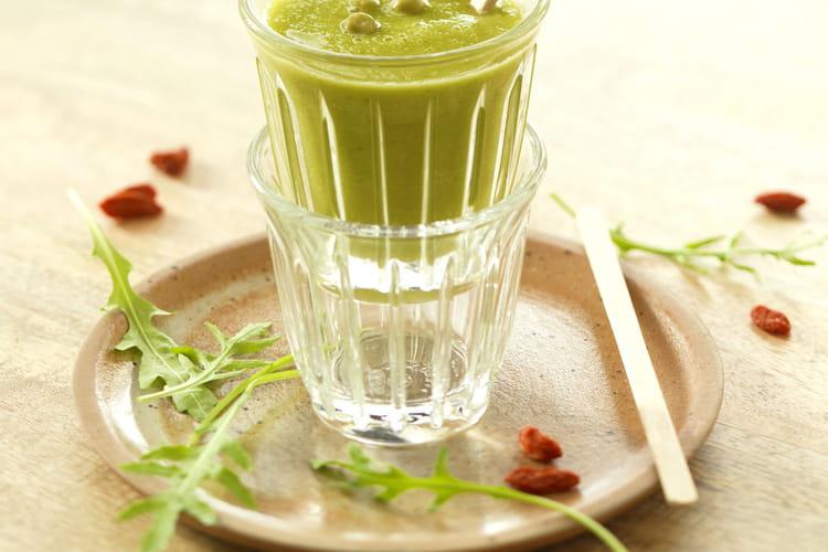 Smoothie vert aux petits pois, concombre et pomme Granny