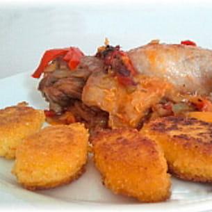 canard aux poivrons et croquettes de polenta