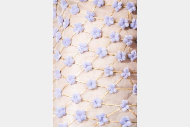 Fendi Couture (Close Up) - photo 18
