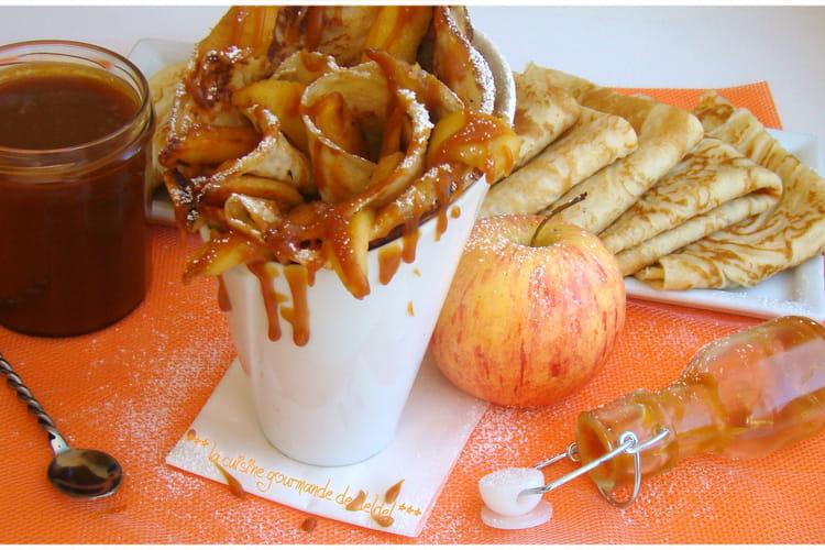 Crêpes moelleuses aux pommes caramélisées au beurre salé