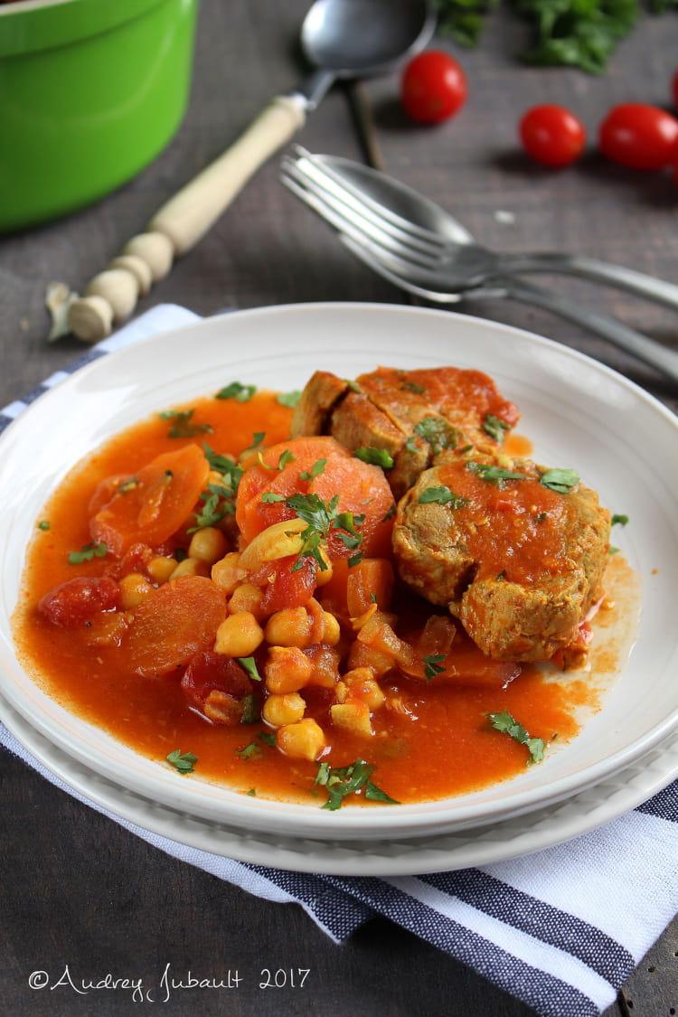 Filet mignon en cocotte carottes et pois chiche - Cuisiner un filet mignon de porc en cocotte ...