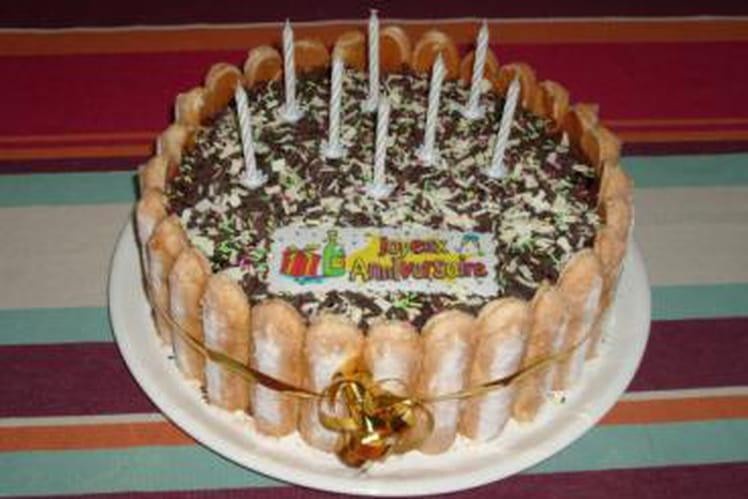 Charlotte d'anniversaire au chocolat