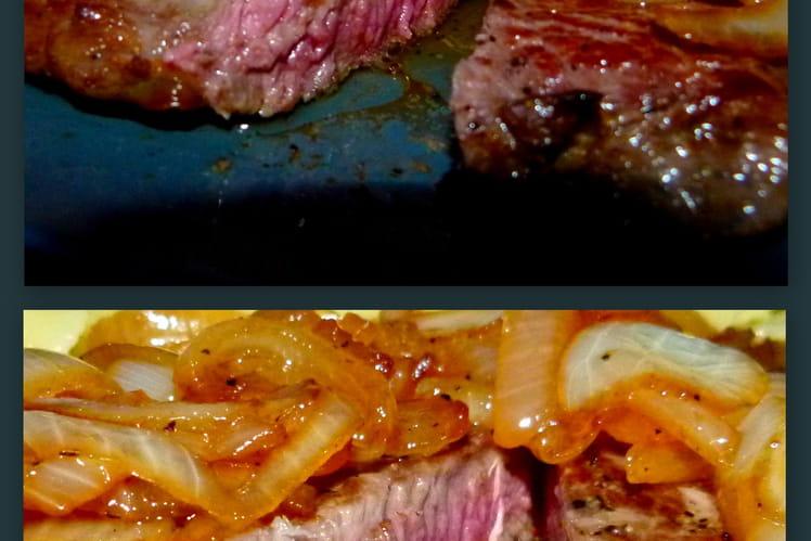 Faux-filet de boeuf et fondue d'oignons à la bière
