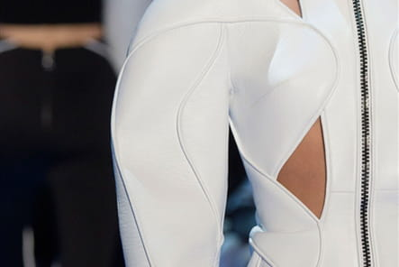 Mugler (Close Up) - photo 20