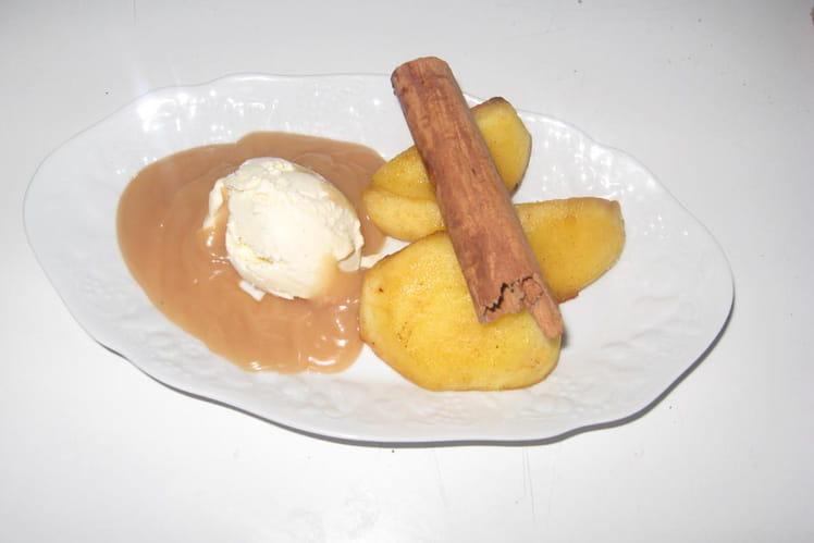 Pommes fondantes et sa sauce caramel
