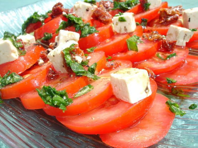 recette de salade de tomates la recette facile. Black Bedroom Furniture Sets. Home Design Ideas