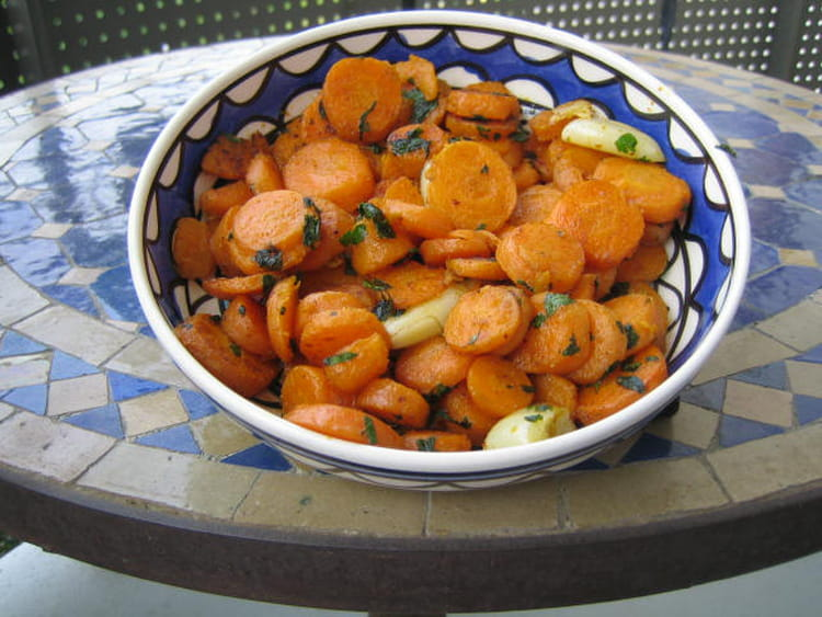 Recette de salade de carottes la marocaine la recette - Cuisiner le patisson marmiton ...