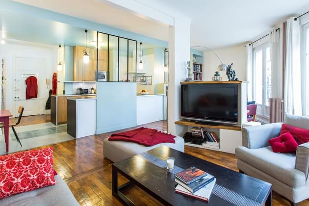 Un salon moderne et élégant