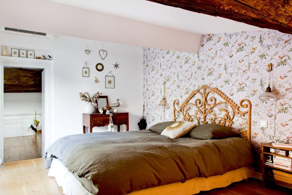 Une chambre qui revisite à merveille l'inspiration maison de campagne