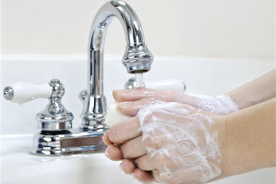Se laver les mains: la meilleure barrière contre les infections hivernales