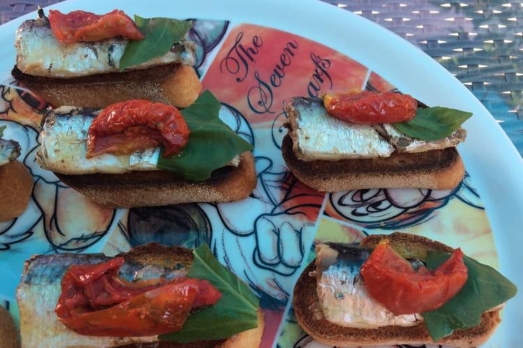 Bruschetta aux sardines