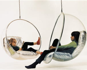 la 'bubble chair' d'eero aarnio pour adelta chez made in design
