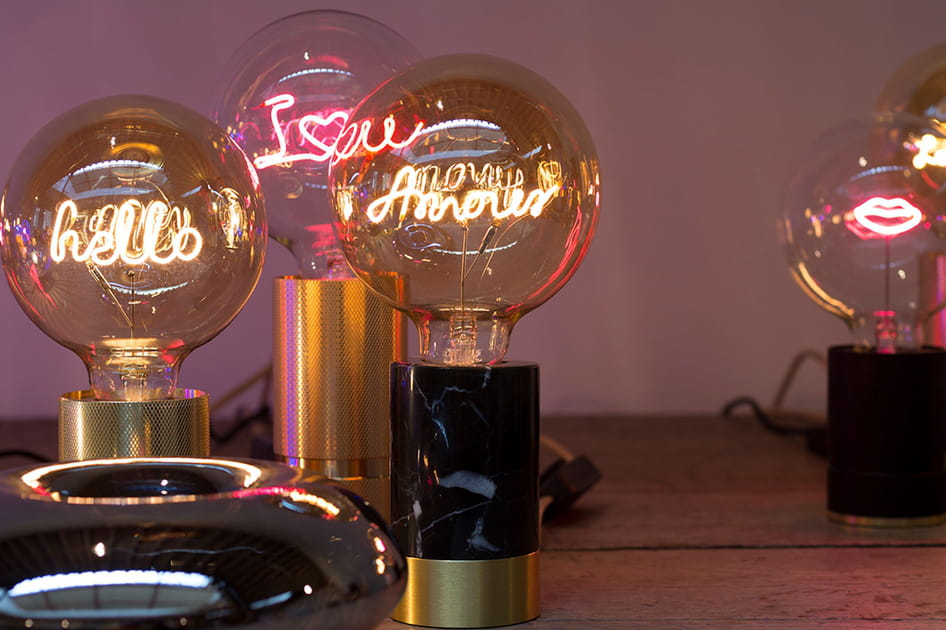 Lampe Message in the bulb
