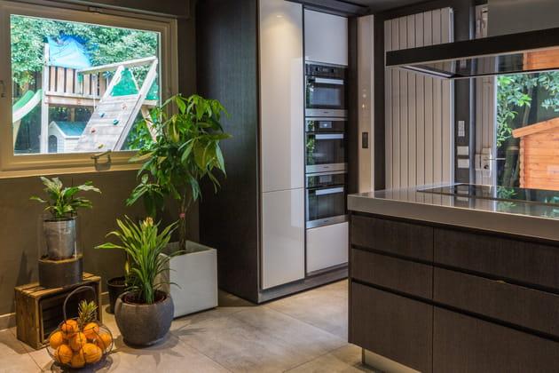 quelle hotte ilot choisir finest comment installer un lot central de cuisine castorama with. Black Bedroom Furniture Sets. Home Design Ideas